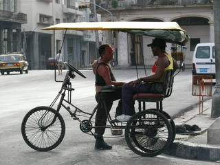 Fahrrad-Taxi - Fortbewegung, Fahrzeug, Fahrrad, Taxi, Transport, öffentlicher Nahverkehr, Personenbeförderung, Kuba, Karibik