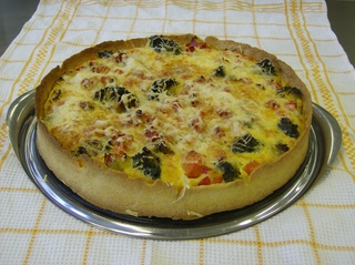 Gemüsequiche #3 - Gemüsequiche, Quiche, Belag, Gemüse, Käse, gebacken