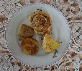 Rosmarin-Kartoffeln mit Hackfleisch in Blätterteig - Rosmarin, Blätterteig, Hackfleisch