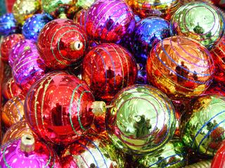 Weihnachtsbaumschmuck - Deko, Weihnachtsdeko, Weihnachten, Brauchtum, Advent, Weihnachtskugeln, Christbaumkugeln, bunt, Baumschmuck, Kugel, Mathematik