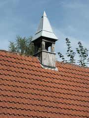 kleiner Glockenturm - Türmchen, Glockenturm, Dach, Dachziegel, Struktur, Pyramide, Mathematik