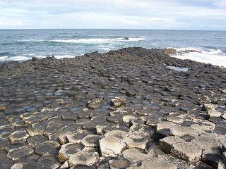 Giant´s Causeway 1 - Irland, Schottland, Giants Causeway, Basalt, Säule, Basaltsäule, Form, Stein, Achteck, alt, gigantisch