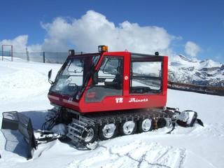 Schneeraupe - Alpen, Schnee, Fahrzeuge, Schneeraupe, Räumdienst, Ski, Skifahren, Skisport, Winter, Wintersport