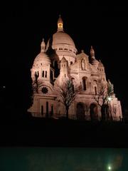 Sacre-Coeur bei Nacht  (Paris) - Stadt, Paris, Sacre-Coeur, Kirche, Architektur, Nacht, Wahrzeichen, Frankreich, France, Geographie, Französisch