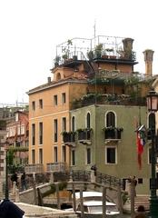 Altan - eine Terrasse in luftiger Höhe, Venedig - Italien, Italienisch, Landeskunde, Architektur, Venedig, Palazzo, Altan, Dachterrasse, Holzkonstruktion