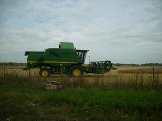 Mähdrescher #3 - Feld, Sommer, Getreide, Maschine, Mähdrescher, Feldarbeit, Bauer, Ernte, Stroh, Körner