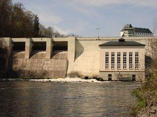 Wasserkraftwerk - Wasserkraftwerk, Laufkraftwerk, Talsperre, Strom, Stromerzeugung, Energie, Energiegewinnung, Elektrizität, Staumauer, elektrische Energie, Elektrizität, Energieumwandlung