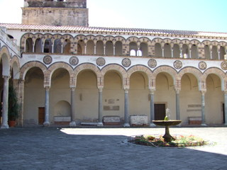 Dom Salerno - Architektur, Italien, Süditalien, Kampanien, Dom, Kirche, Säulen