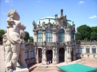 Zwinger in Dresden - Dresden, Zwinger, Dresdner Zwinger, Sachsen, Matthäus Daniel Pöppelmann, Erdkunde, Architektur, Barock, Wallpavillion, Französischer Pavillon