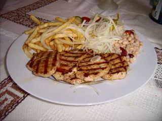 Souvlaki - Souvlaki, Pommes, Zwiebeln, Pommes frites, Spezialität, Griechenland, griechische Speisen