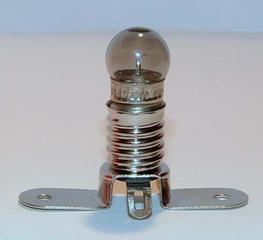 Eine kleine Glühbirne in ihrer Halterung - Physik, Löten, Technik, Glühbirne, Lampe, Halterung, Strom, Glühlämpchen, leuchten, Fassung, Elektrizität