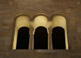 Romanische Bögen - Architektur, Rundbogen, romanisch, Romanik