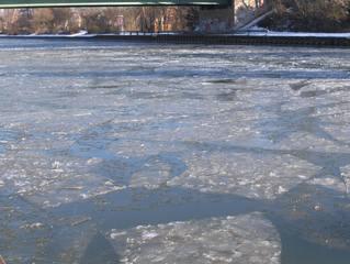 Vereister Mittellandkanal #2 - Eis, Winter, Eisschollen, kalt, Kanal, Schifffahrt, Verkehr, Wasser, Schnee, Transport, Eisbrecher, Transport, Anomalie, Dichte, Physik, Aggregatzustand
