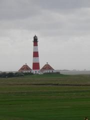 Leuchtturm - Leuchtturm, Deich, Nordsee, Hallig, Warnsignal, Meer, Seefahrt, Licht, Navigation, Schiffe, Insel, Küste leuchten, warnen, Sicherheit, Signal, Seezeichen, Kennung, rot, weiß