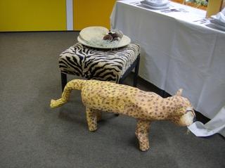 Objektkunst Stühle - Stuhl, gestalten, verändern, Kunst, Objektkunst, malen, Alltagsgegenstand