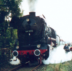 Dampflok 44 - Damplokomotive, Dampflok, Verkehr, Lok, Lokomotive, Dampfmaschine, Eisenbahn, Bahn, Schreibanlass