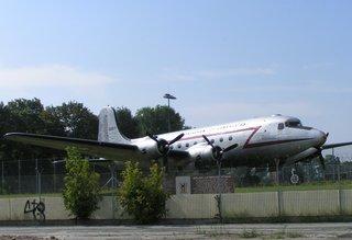 Rosinenbomber - Berlin, Flugzeug, Luftbrücke, Berlinblockade, Tempelhof, Rosinenbomber, fliegen, Triebwerk, starten