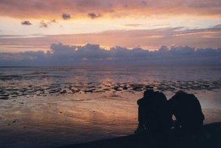 Abendhimmel über dem Watt - Watt, Abendhimmel, Sonnenuntergang, Wolken, Gegenlicht, Nordsee, Abendrot, Strand