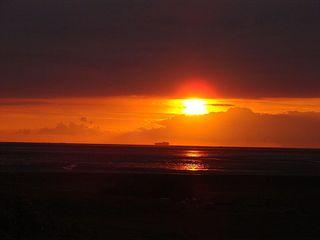 Sonnenuntergang - Sonne, Untergang, Sonnenuntergang, Abend, Tageszeit, Nacht, Wolken, Erzählanlass, Schreibanlass, Kalenderbild