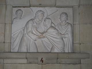 Kreuzweg 4 - Religion, Kreuzweg, Skulptur, Jesus, Maria, Kreuz, katholisch, Station, Kreuzwegstation, Leidensweg