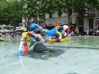 Le rossignol - die Nachtigall - Niki de Saint Phalle, Paris, Figur, Skulptur, Plastik, bunt, groß, Nachtigall, Vogel, Stravinskibrunnen