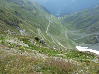 Stilfser Joch - Pass, Passstraße, Stilfser Joch, Alpen, Alpenüberquerung, Gebirgspass, Kurven, Radrennen, Serpentine, Spitzkehre, Steigung