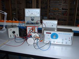 Braunsche Röhre - Physik, Magnetismus, Elektromagnetismus, Braunsche Röhre, Röhre, Elektrisches Feld, Magnetfeld, Elektronenröhre