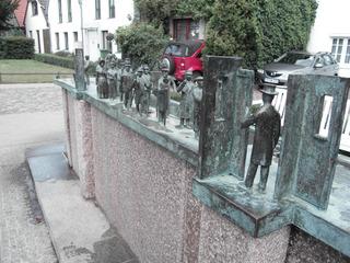 Warminner Ümgang - Brunnen, Tradition, Warnemünder Woche, Segeln, Bronzeplastik, Wolfgang Friedrich, Warnemünde, Rostock