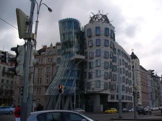Das tanzende Haus - Tschechische Republik, Prag, das tanzende Haus, Ginger and Fred, moderne Architektur, Bürogebäude, Dekonstruktivismus