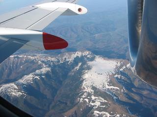 Balkan 5 - Fliegen, Flugzeug, Tragfläche, Gebirge, Höhe, Aussicht, Schrägbild