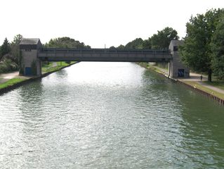 Sperrtor - Mittellandkanal, Kanal, Wasser, Sperrtor, Tor, sperren, senken, Wasserstraße, Schiff, Transport