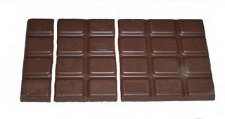 Bruchrechnung mit Schokolade #9 - Schokolade, Tafel, braun, süß, naschen, Stücke, Naschwerk, lecker, Bruch, Bruchrechnen, Teil, Teile, teilen, aufteilen, Brüche, Bruchteile, Bruchrechnung, Sechstel, sechs, Drittel, drei, halb, Hälfte.