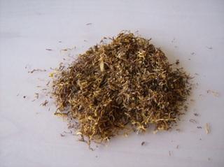 Tabak - Tabak, trocken, gerebelt, Tabakblätter, Rauchkraut, Nikotin, Sucht, giftig