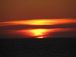 Mitternachtssonne nördlich des Polarkreises - Mitternachtssonne, Sonnenuntergang, Polartag, Beleuchtungszonen