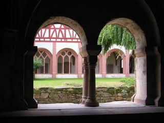 Kreuzgang Kloster Eberbach #4 - Rundbogen, romanisch, Kloster, Kreuzgang, Kapitel, Säule