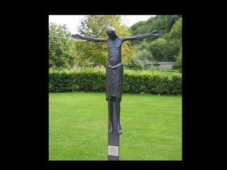 Kreuz Kloster Eberbach  - Jesus, Christus, Kreuz, Bronzeguss, Plastik, Kruzifix, Religion, Symbol, Kreuzigung, Christentum