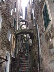 Gasse in Ligurien - Ligurien, Italien, Alstadt, Architektur, Gasse, Erdbeben, Schutz