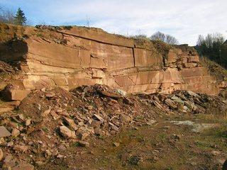 Steinbruch #2 - Sandstein, Steinbruch, Geologie, Buntsandstein, Baustoff, Weserbergland, Lagerstätte, Gesteinsabbau, offener Steinbruch