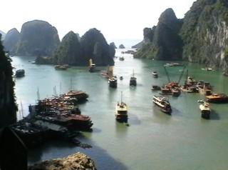 Ha Long-Bucht - Asien, Vietnam, Ha Long-Bucht, Grotte, Felsen, Kalkstein, Tropfstein, Bo Hon-Sung