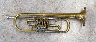 alte Konzerttrompete - Trompete, Blechblasinstrument, Kesselmundstück, Ventil, Naturtöne