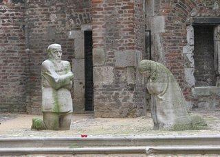 Käthe Kollwitz - Trauernde Eltern - Köln, Krieg, Trauer, Kollwitz, Skulptur