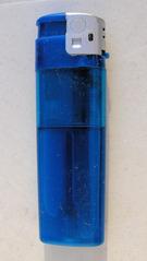 Feuerzeug - Feuerzeug, Feuer, rauchen, Zigarette, Gas, Gasfeuerzeug, anzünden, Flamme, brennen, blau