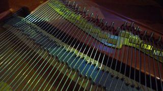 Klaviersaiten  #3 - Klavier, Saiten, Instrument, Musik, Akustik, Ton, Töne, Tastenisntrument