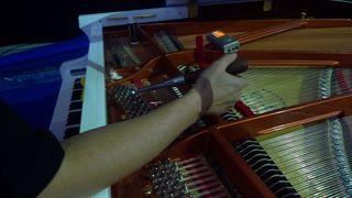 Klavierstimmen  #2 - Klavier, Saiten, Instrument, Musik, Akustik, Ton, Töne, Tastenisntrument