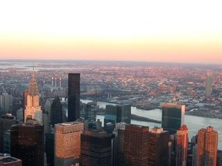 New York - Sonnenuntergang - Amerika, USA, New York, Skyline, Hudson River, River, Fluss, Chrysler Building, Wolkenkratzer, Skyscraper, Großstadt, Sonnenuntergang, Erdkrümmung, Horizont