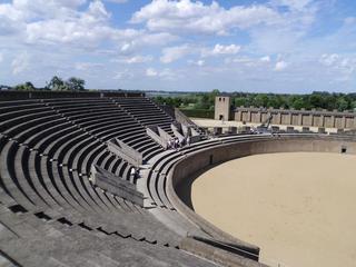 Amphitheater 1 - Geschichte, Römer, Amphitheater, Xanten