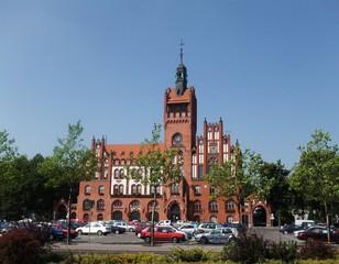 Rathaus - Rathaus, Neugotik, Backsteinbau, Architektur