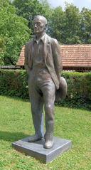 Hermann Hesse Museum #4 - Hermann Hesse, Hesse, Denkmal, Skulptur, Bronze, Statue, Dichter, Schriftsteller, Literatur, Haus, Wohnhaus, Museum, Höri, Bodensee