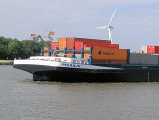 Containerschiff #2 - Container, Schiff, Transport, Güter, Wasser, Wasserweg, Schleuse