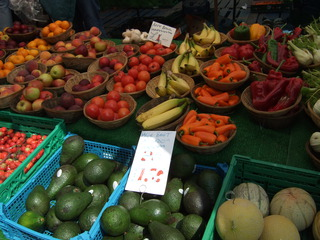 At the market #2 - avocado, pepper, tomato, banana, peach, apple, melon, market, fruit, vegetable, market stand, Markt, Verkaufsstand, einkaufen, Obst